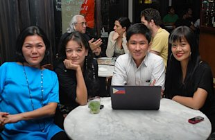 Working for the love of Pinoy musicians: Gou de Jesus, Cooky Chua, RG Salazar and Skarlet. Photo from HOM.