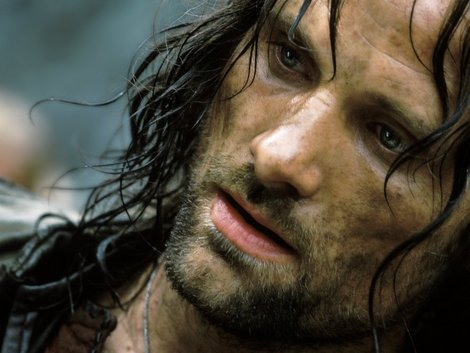 The Hobbit: Viggo Mortensen's Aragorn is one of the few Lord of the Rings characters I'd like to return for The Hobbit trilogy