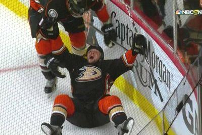 Blackhawks vs. Ducks 2015 final score: Anaheim takes series lead with overtime win in Game 5