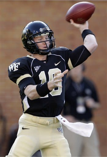 Campanaro's 3 TDs lift Wake Forest over BC 28-14