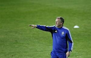 Northern Ireland coach Michael O'Neill attends a training session ahead of their 2014 World Cup qualifying soccer match against Azerbaijan in Baku