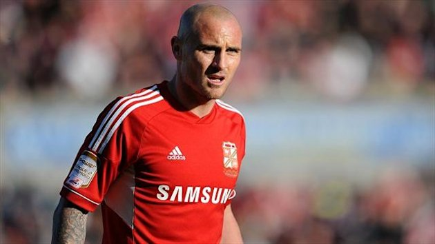 Alan McCormack has been offered a two-year deal at Swindon