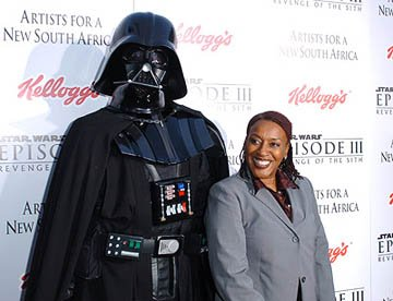CCH Pounder at the LA premiere of 20th Century Fox's Star Wars: Episode III
