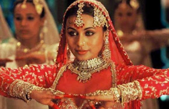 Top 10 Mujra Girls Of Bollywood