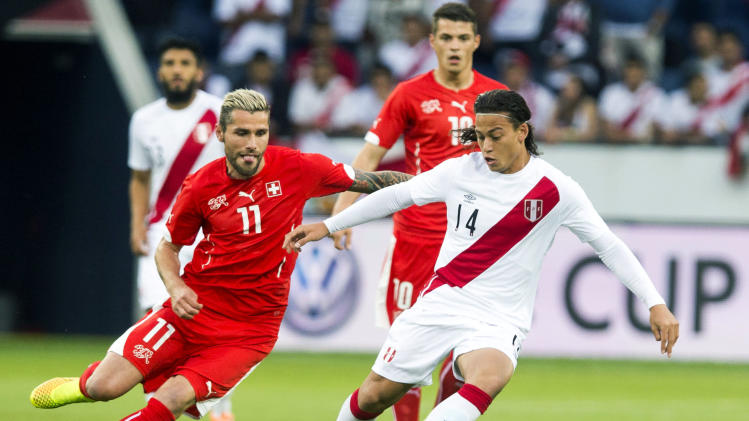 Switzerland beats Peru 2-0 in last WCup warm up