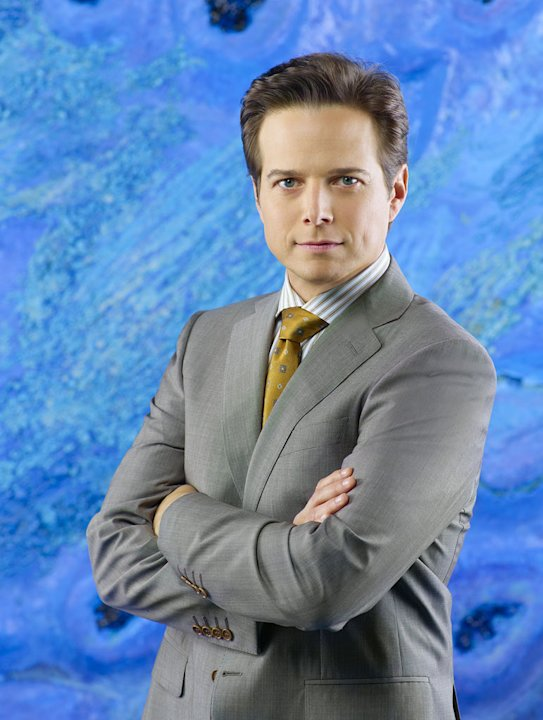 Scott Wolf stars as Chad Decker in &quot;V.&quot; 