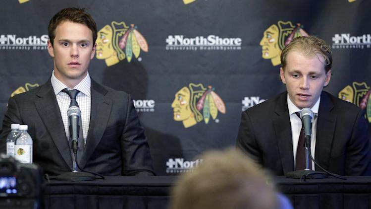 Blackhawks celebrate extensions for Toews, Kane