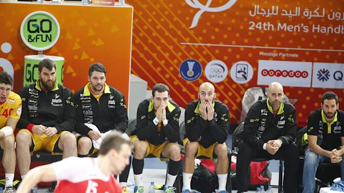 . Lusail (Qatar), 01/02/2015.- Players of Spain during the Qatar 2015 24th Men's Handball World Championship bronze medal match between Poland and Spain at the Lusail Multipurpose Hall outside Doha, Qatar, 01 February 2015. Qatar 2015 via epa/Diego Azubel Editorial Use Only/No Commercial Sales