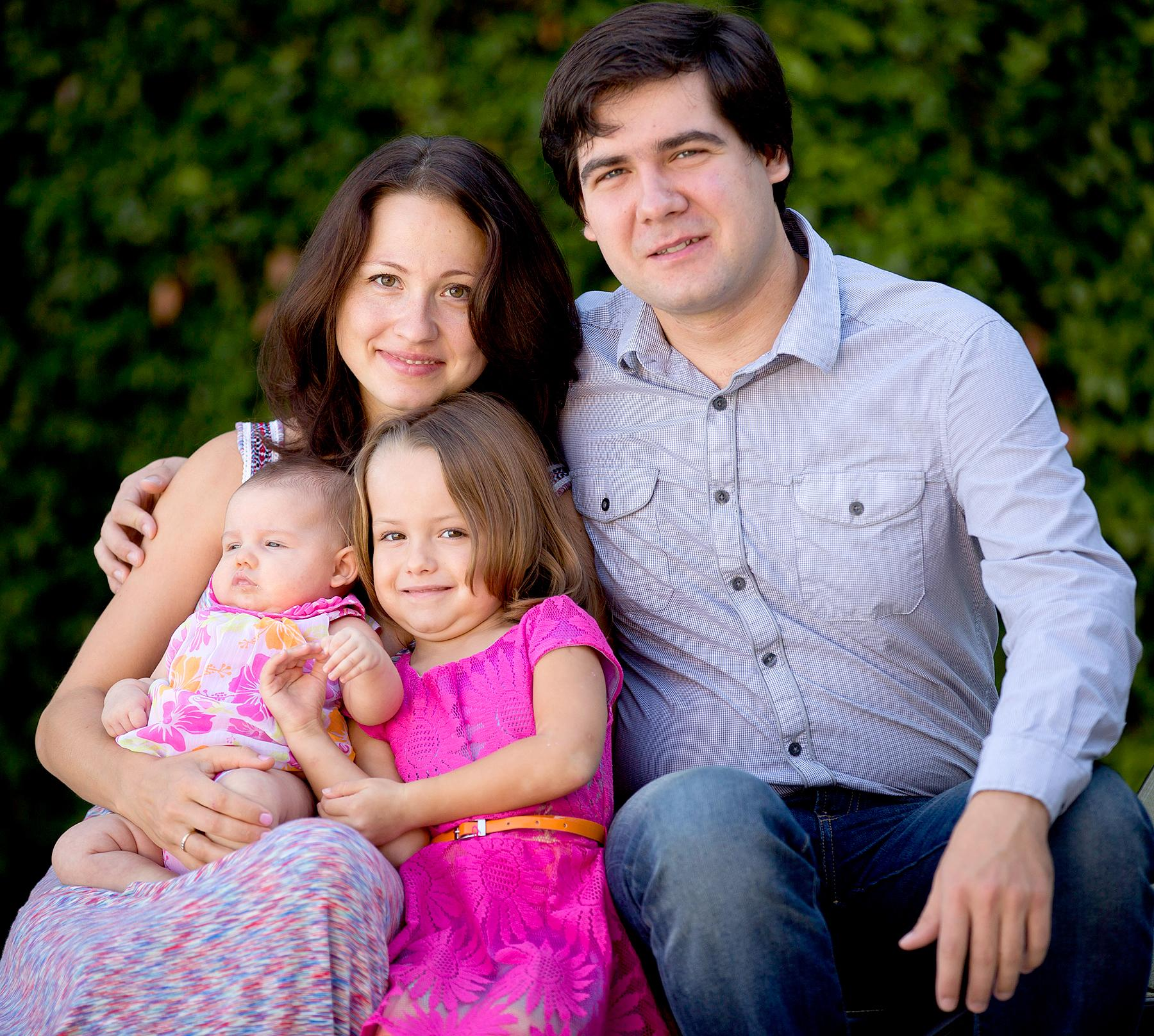 Famed Pianist Vadym Kholodenko's Two Young Daughters Likely Died of Asphyxia