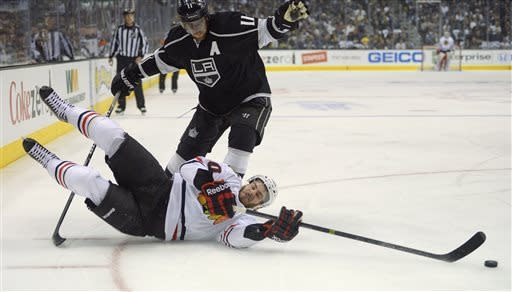 LA Kings beat Chicago 3-1 in Game 3 of West finals