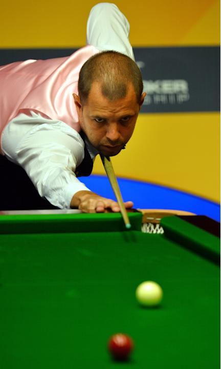SNOOKER-WORLD-DING-HAWKINS