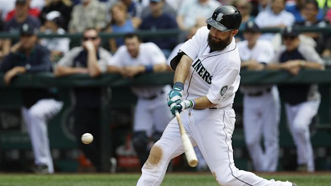 Ackley homers, 4 RBIs sent Mariners over Nationals