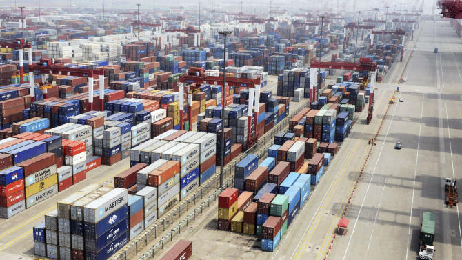 China June trade falls in new sign economy fading