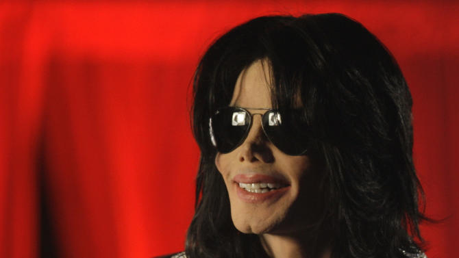 """FILE - In this March 5, 2009 file photo, Michael Jackson speaks at a news conference in London. The singer also stated that this would be his final performances in London. AEG Live LLC CEO Randy Phillips told a jury on Thursday June 6, 2013, that he did not consult with a mental health professional for Jackson despite the suggestion by two high-level workers on the """"This Is It"""" tour that the singer needed serious counseling in the days before his June 2009 death. (AP Photo/Joel Ryan, File)"""