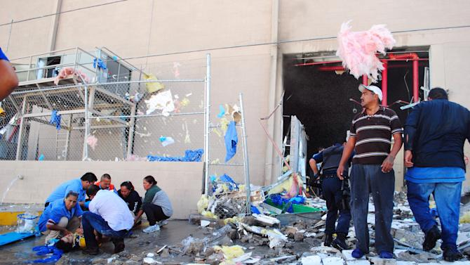 1 dead, 40 hurt in Mexican candy factory explosion