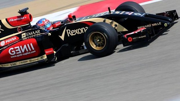 Romain Grosjean in Lotus F1 testing at Bahrain
