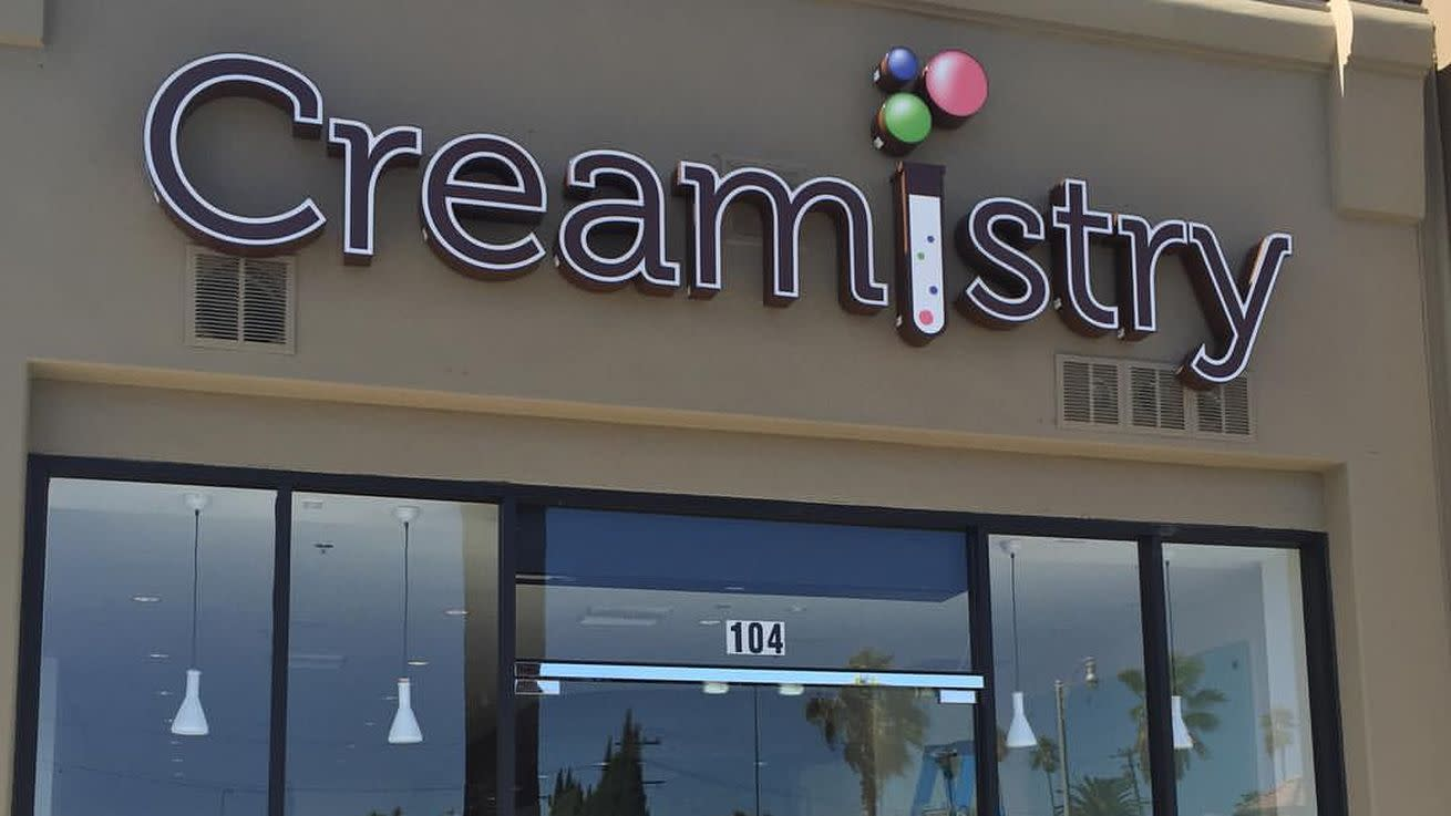 California Liquid Nitrogen Ice Cream From Creamistry Heads to Lakeway