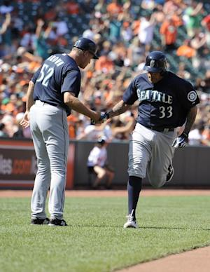 Blanco HR carries Mariners past Orioles 3-2
