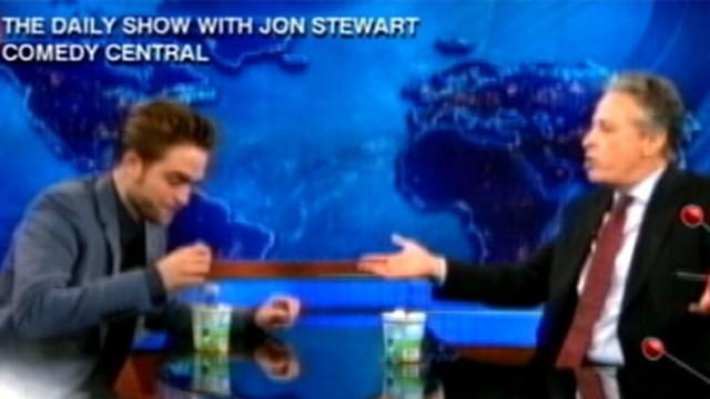 Robert Pattinson on 'Daily Show'; Sheen Back on Twitter