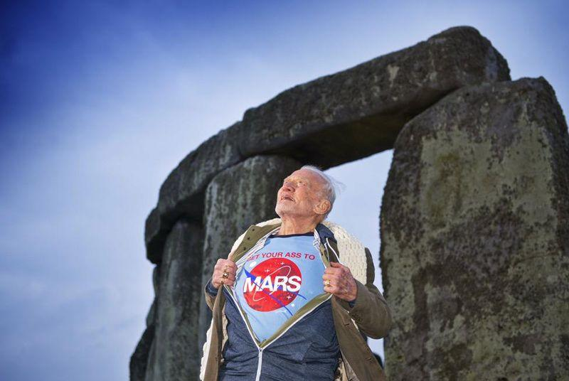 Enroll in Buzz Aldrin's space institute and help colonize Mars
