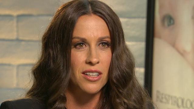Alanis Morissette, Now a Mother, Dives Into 'Attachment Parenting' and Breastfeeding Controversy