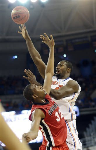 No. 11 Florida thumps Georgia 77-44 in SEC opener