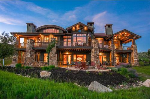 Of the Top 10 Markets for $1 Million Homes, 4 Are Ski Towns