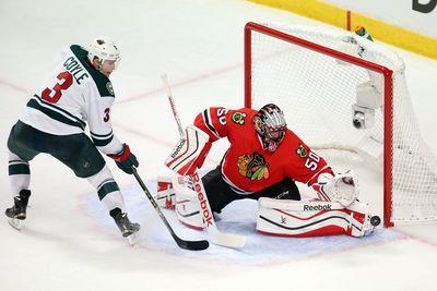 Corey Crawford robs Wild with two fantastic pad saves