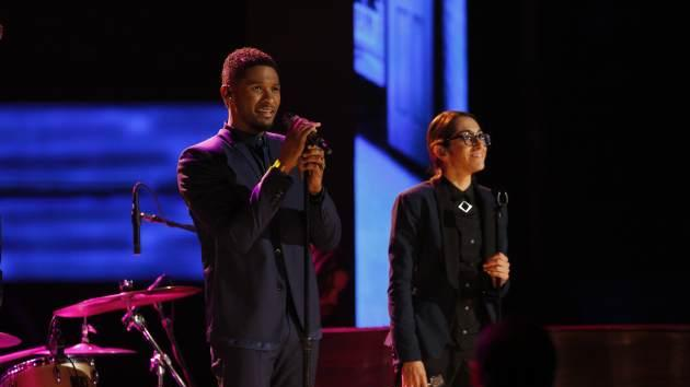 Michelle Chamuel performs with her coach, Usher, on 'The Voice' -- NBC