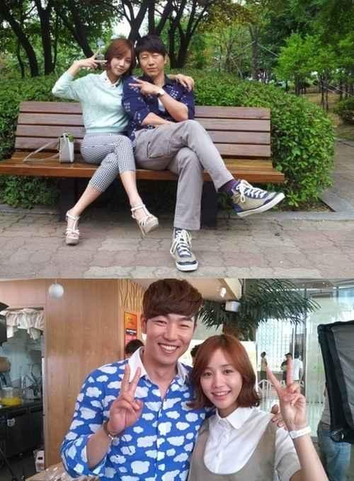 'A Gentleman's Dignity' Yoon Ji Ni Poses with her Older 'Brothers'