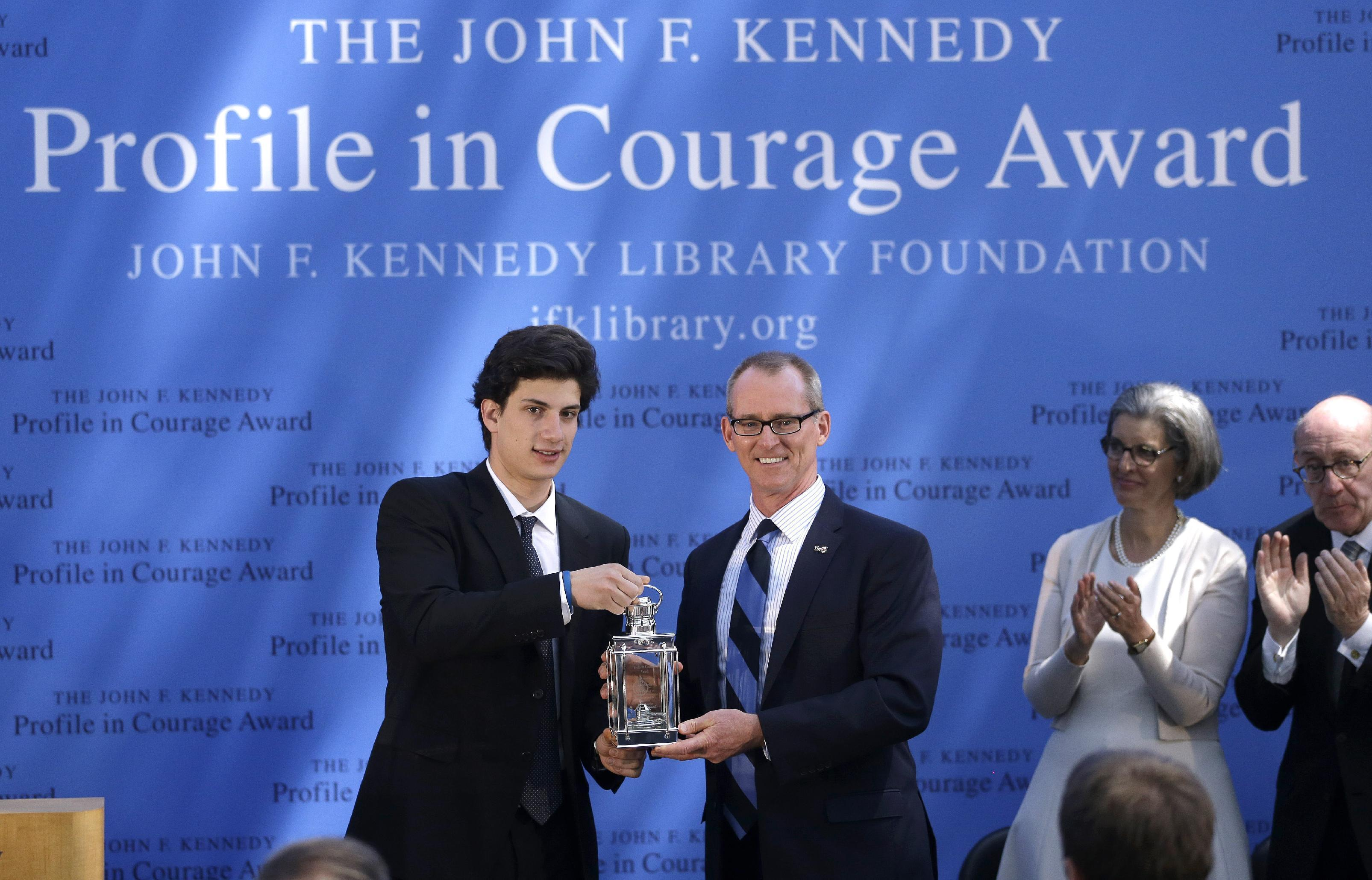 Ex-US Rep. Inglis gets JFK courage award for climate stance