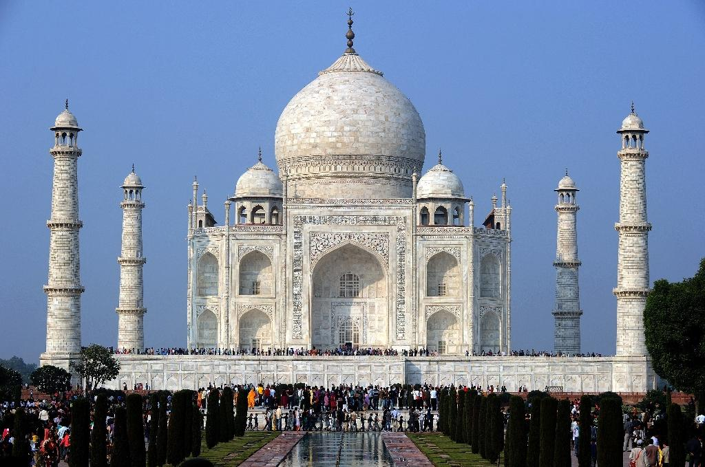 India launches probe as insect excrement turns Taj green