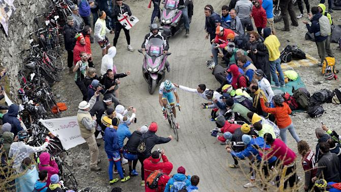 Astana rider Fabio Aru of Italy climbs Colle delle Finestre mountain during the 20th stage of the 98th Giro d'Italia