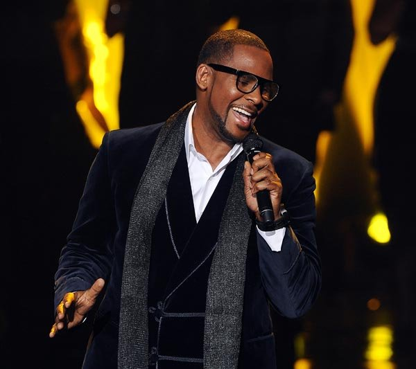 R. Kelly Cancels NYC Appearances Due to Health Emergency