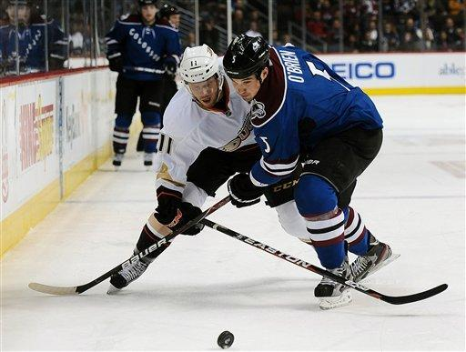 Avs beat Ducks 4-1 for 4th straight win
