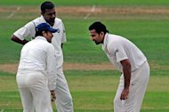 India in trouble as Zaheer strains hamstring