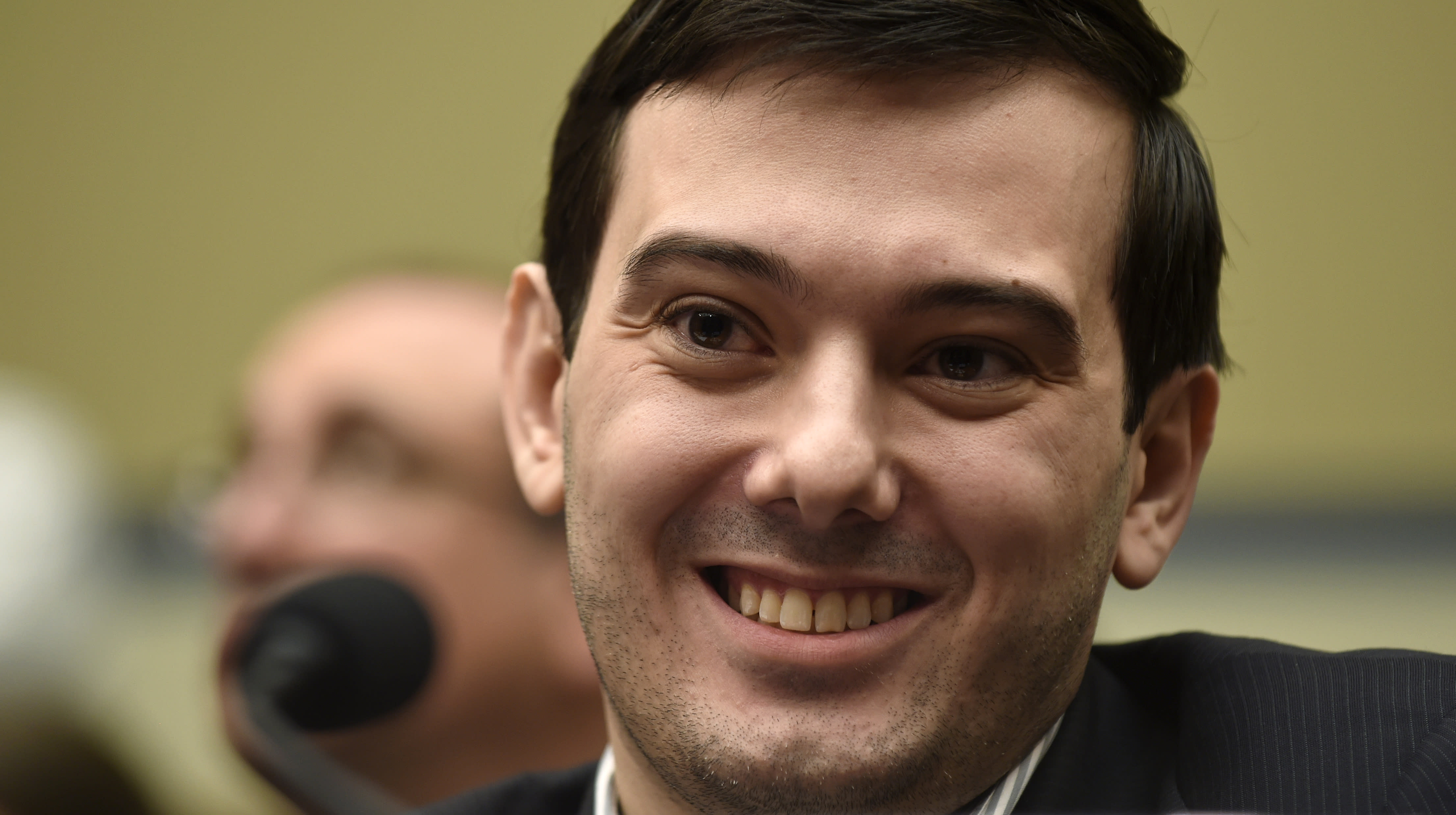 Drug exec takes the Fifth on Capitol Hill, angers lawmakers