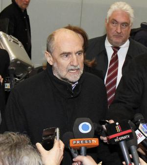 Herman Nackaerts, Deputy Director General and Head of the Department of Safeguards of the International Atomic Energy Agency, IAEA, talks to media after his arrival from Iran at Vienna's Schwechat airport, Austria, Friday, Jan. 18, 2013. (AP Photo/Ronald Zak)