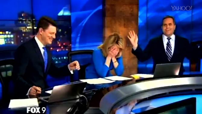 Weatherman Finds Hanger in His Suit Live On-Air