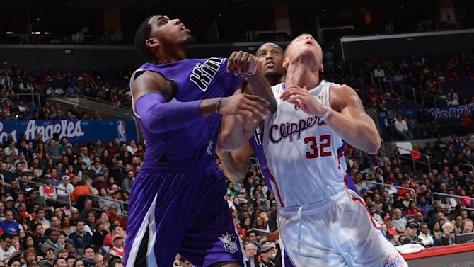 Clippers edge Kings 103-102 on Paul's free throw