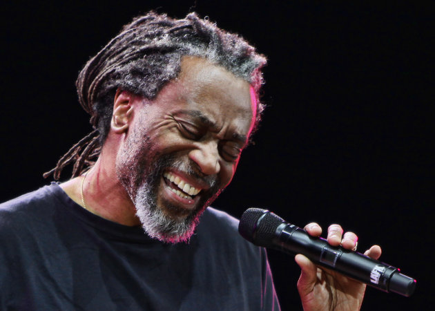 FILE - In this Jan. 27, 2010 file photo, Bobby McFerrin performs at the jazz festival in Kiev, Ukraine. Paul Simon probably never had a vocal partner quite like Bobby McFerrin, who coaxed him onstage for an impromptu performance of a Simon and Garfunkel hit _ the highlight of opening night of Jazz at Lincoln Center&#39;s 25th anniversary season, Friday, Sept. 14, 2012 in New York. (AP Photo/Efrem Lukatsky, File)