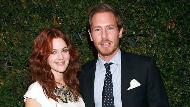 Drew Barrymore Gives Birt …
