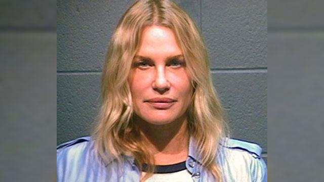 Daryl Hannah Arrested During Protest