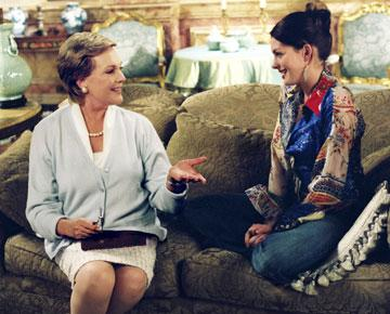 Julie Andrews and Anne Hathaway in Walt Disney's The Princess Diaries 2: Royal Engagement