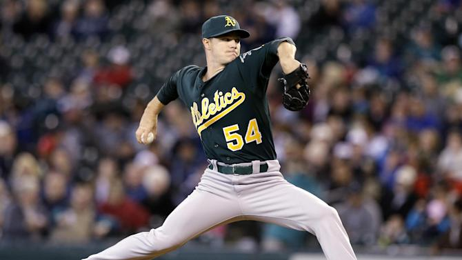 Oakland shuts out Seattle 9-0 in finale