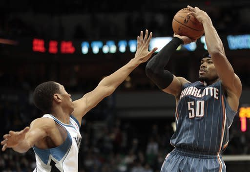 T-wolves hand Bobcats 16th straight loss, 102-90