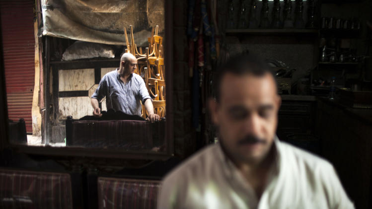 Unrest delivers huge blow to Egypt tourism