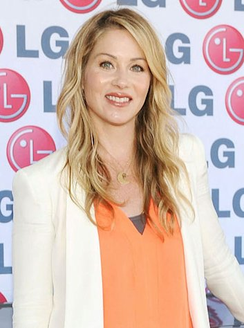 Christina Applegate hosted one of the best &quot;Saturday Night Live&quot; episodes in recent history.
