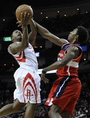 Budinger, Scola lead Rockets past Wizards