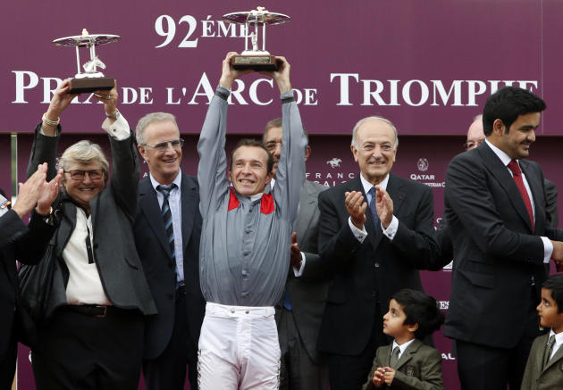 France Arc de Triomphe Horse Race